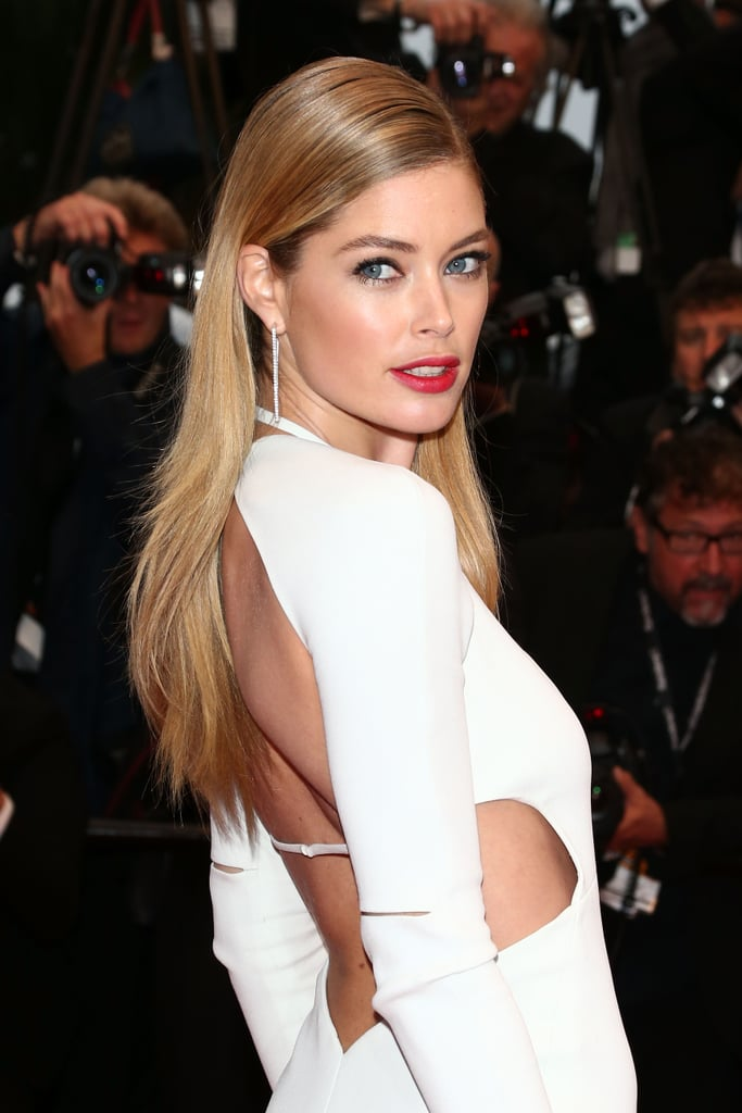 Doutzen Kroes put that red lipstick to work.