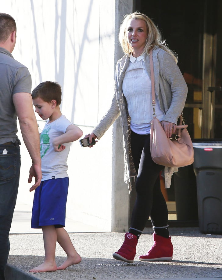 Britney Spears took her kids to an indoor playground in Thousand Oaks.