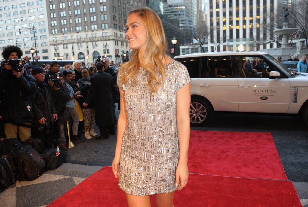 Bar Refaeli arrived in a Range Rover to Marchesa.