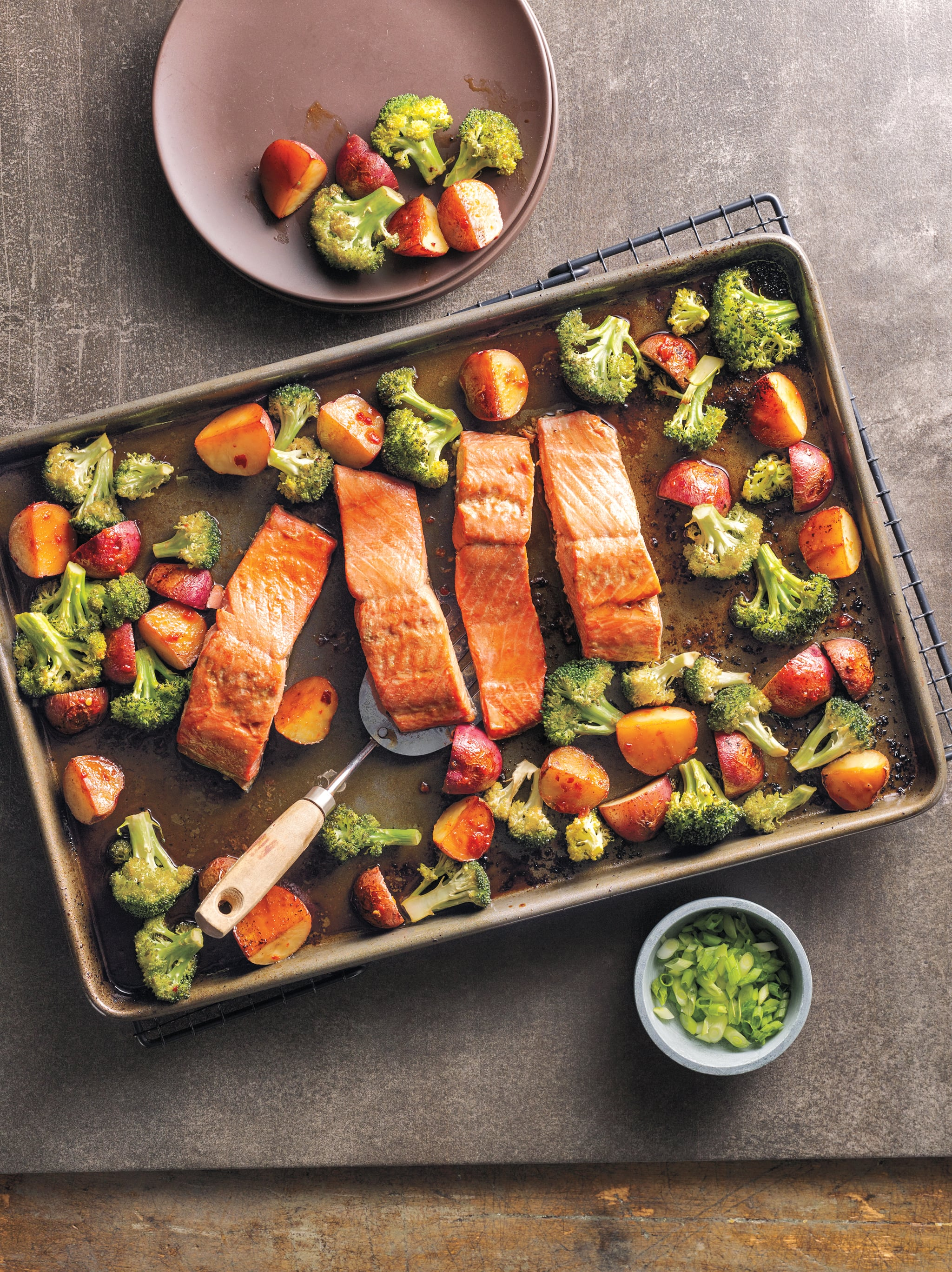 This One-Pan Salmon Dinner Couldn't Be Easier