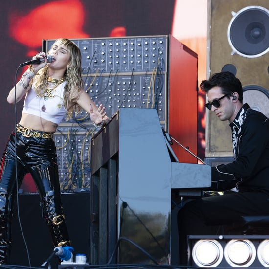 "Miley Cyrus Sings ""Back to Black"" At Glastonbury 2019 Video"