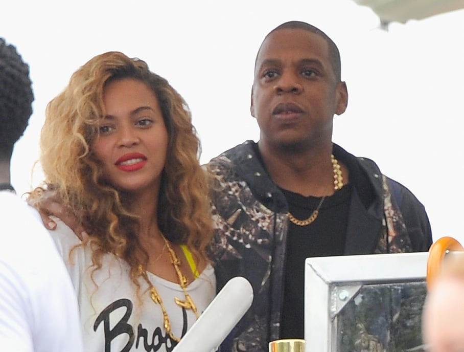 Beyoncé and Jay-Z Cuddle Up During Their Philly Weekend
