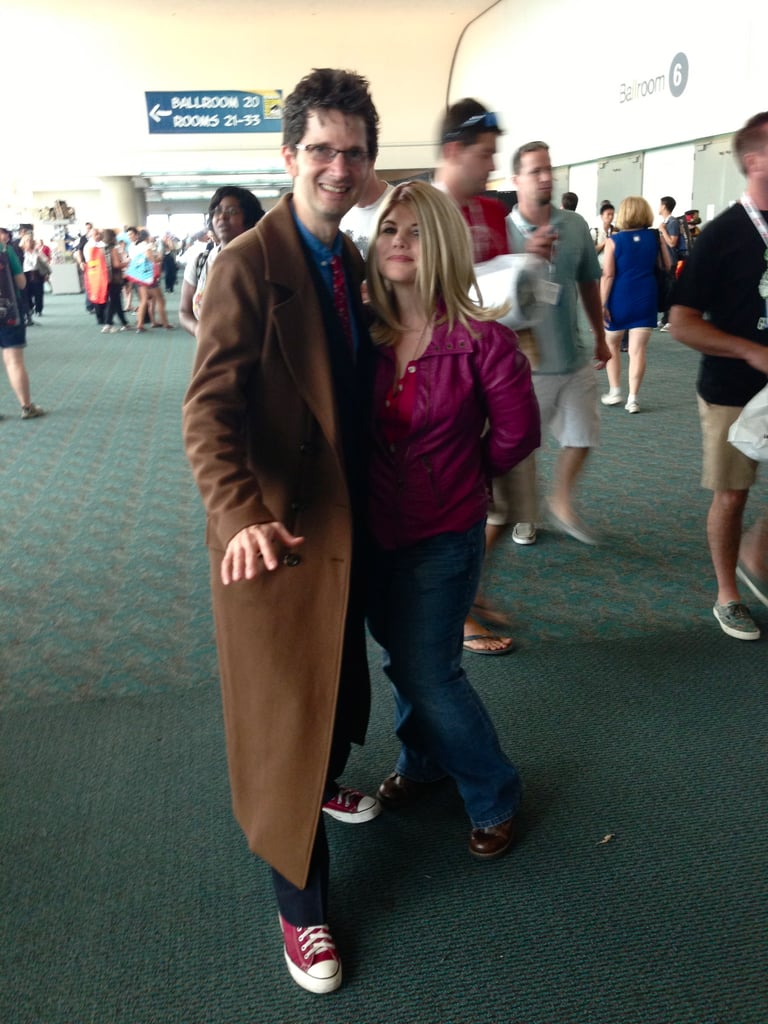 It's the Tenth Doctor and Rose! Spot on.