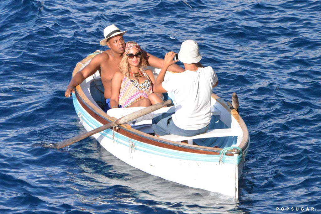 Beyoncé and Jay Z lounged on a canoe and posed for a photo.