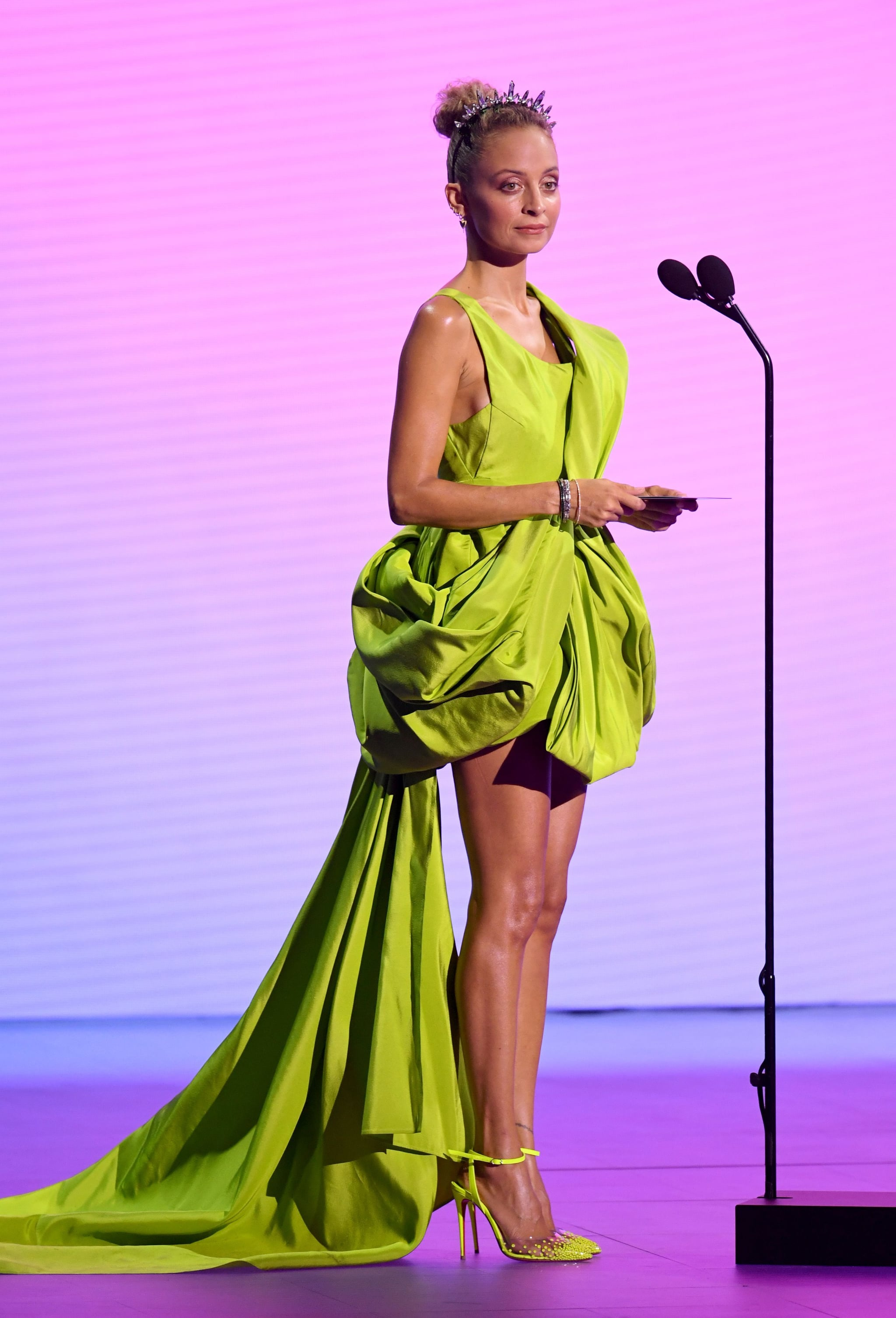 Nicole Richie at the 2020 MTV VMAs | Get a Front Row Seat to the 2020 MTV  VMAs With These 47 Photos | POPSUGAR Celebrity Photo 5