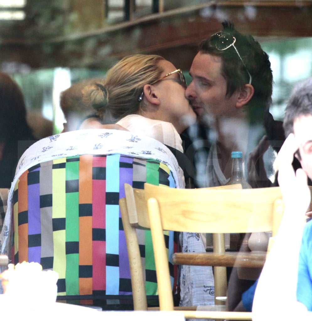Kate Hudson and Matthew Bellamy Kiss With Baby Bing ...