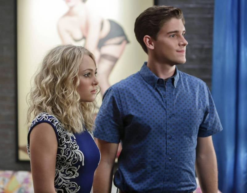 The Carrie Diaries AnnaSophia Robb and Brendan Dooling on The Carrie Diaries.