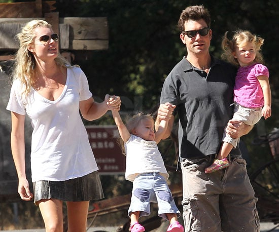 Slide Picture of Jerry O'Connell With Rebecca Romijn and Dolly and Charlie