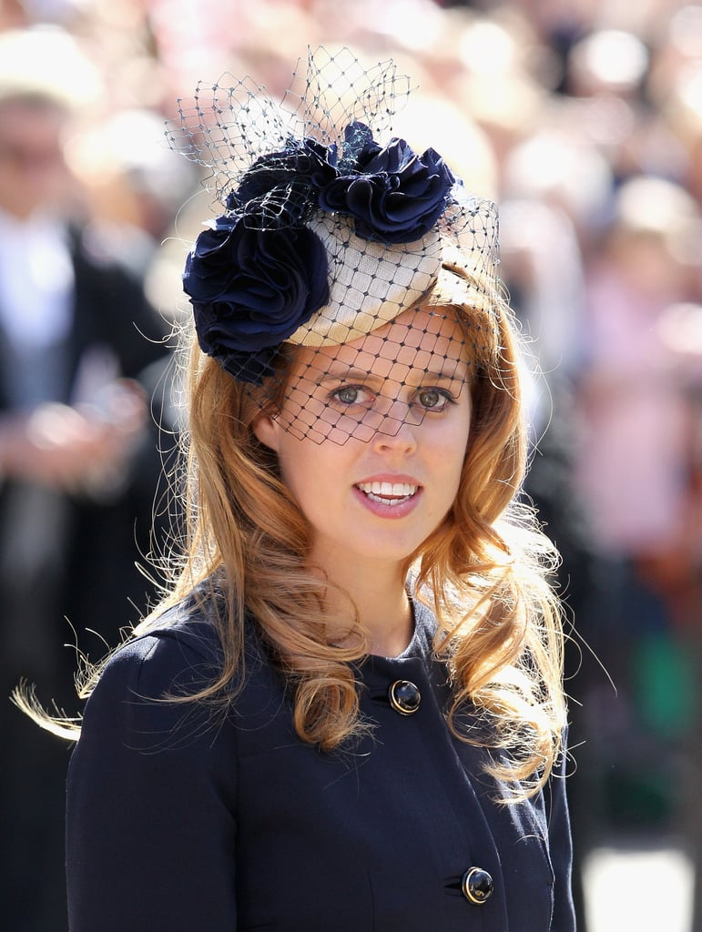 At the 2012 Maundy Thursday service, Princess Beatrice coordinated the rosettes and netting on her fascinator to her navy coat.