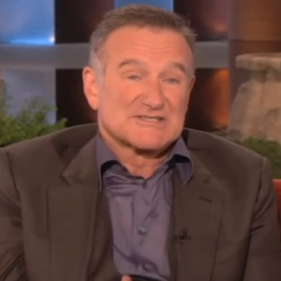 Robin Williams Doesn't Twitter or Facebook, But Loves Playing Online Military Video Games