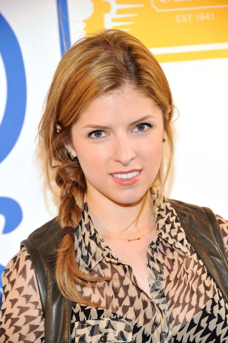 Anna Kendrick S Side Braid Is The Perfect Balance Of Cute