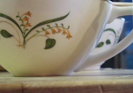 The Ninth DIY of Christmas: Teacup Candles