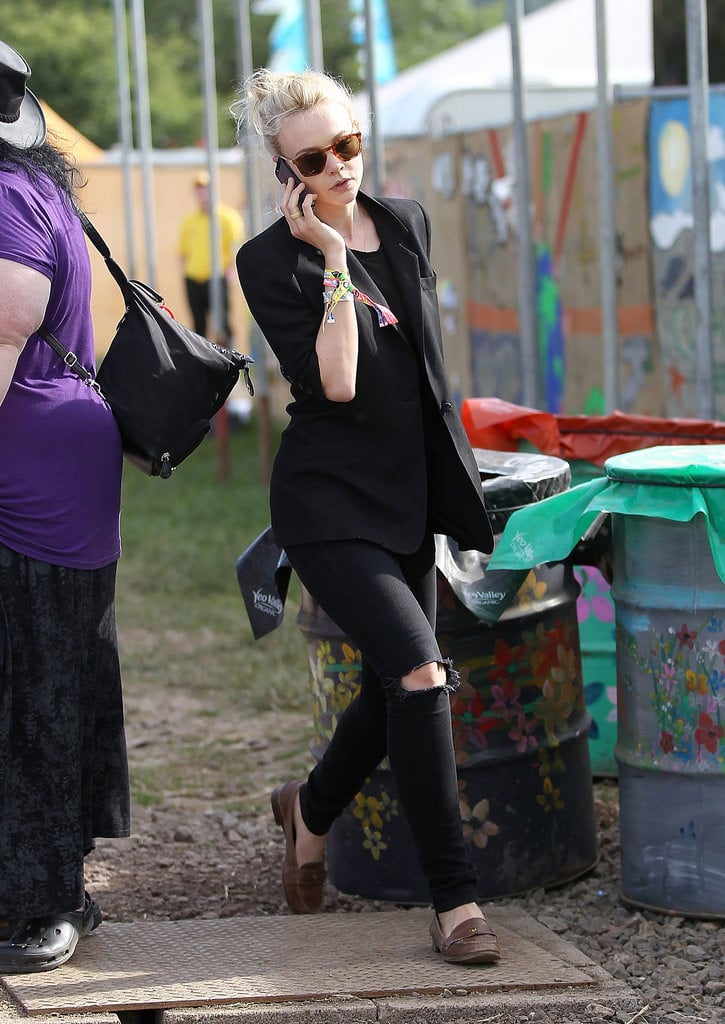Carey Mulligan wore an all-black ensemble to Glastonbury.