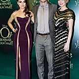 Mila Kunis, James Franco, and Michelle Williams posed on the green carpet.