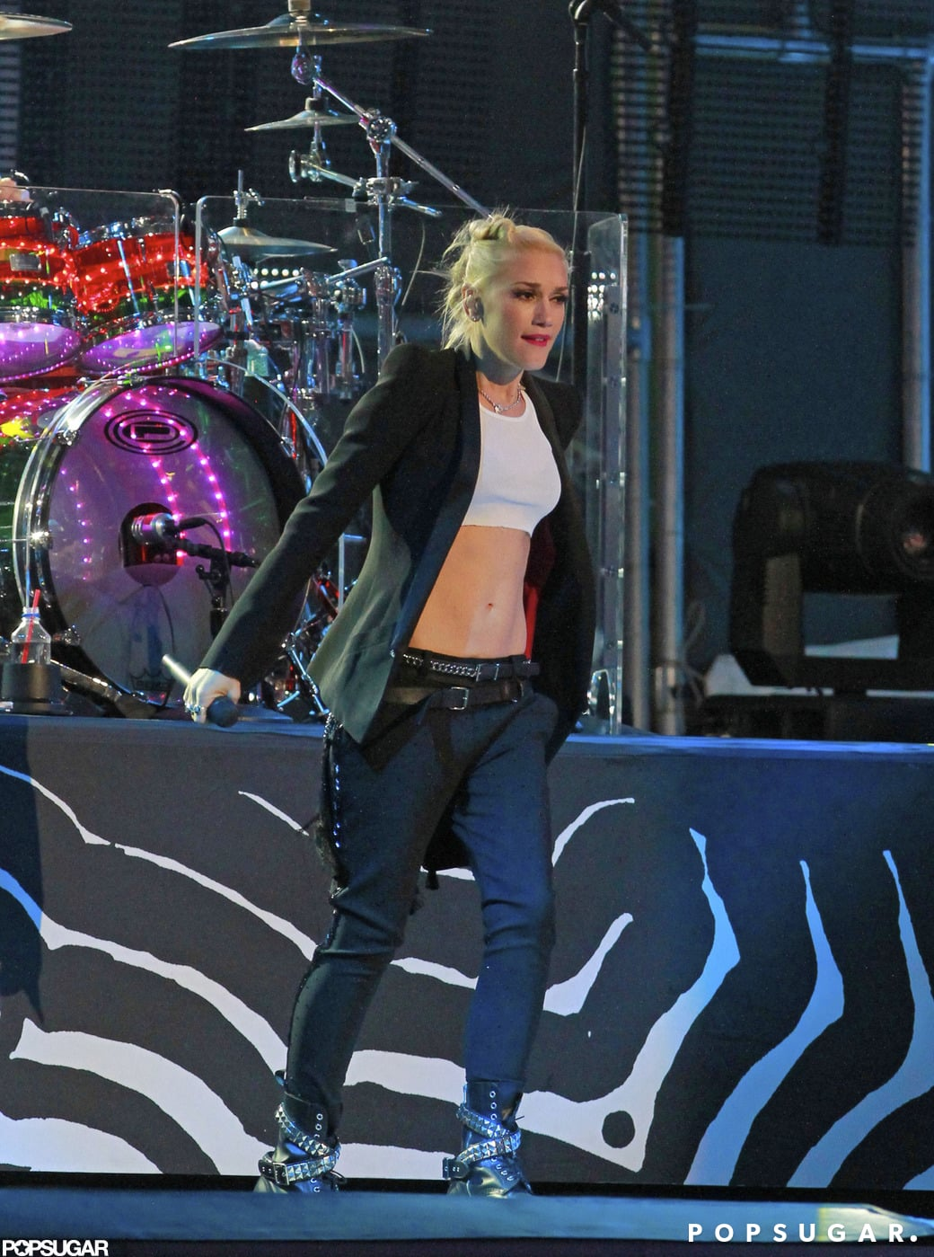 Gwen Stefani showed skin while performing on Jimmy Kimmel Live!