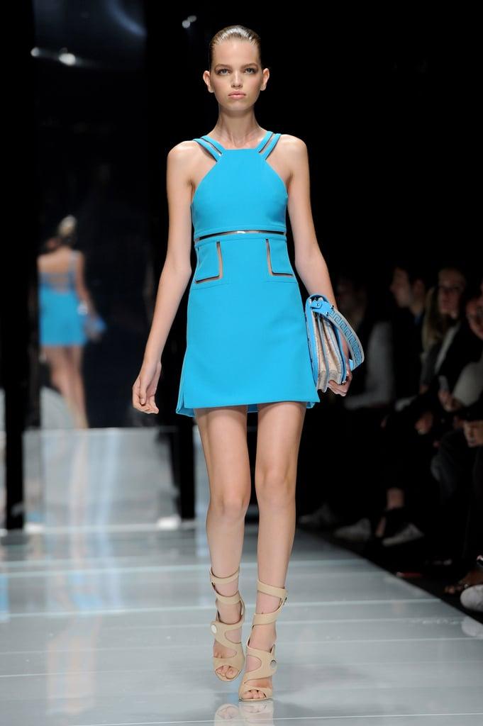 Spring 2011 Milan Fashion Week: Versace 2010-09-24 13:31:11
