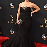 Neve Campbell at the 2016 Emmys