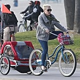 Pink let her daughter, Willow, relax while the singer took over pedaling duties in LA on Sunday.