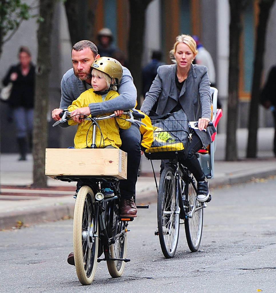 Liev Schreiber and Naomi Watts had their boys as passengers for a bike ride around the Big Apple.