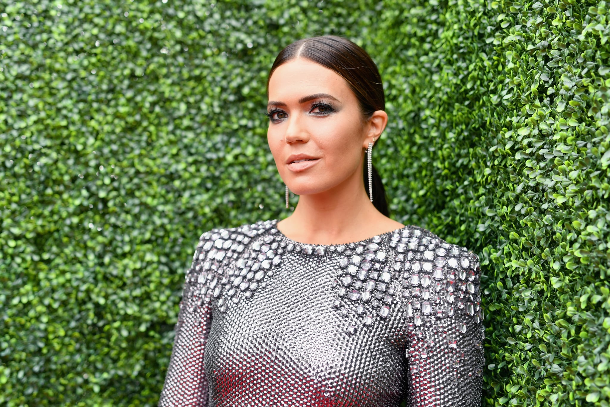 SANTA MONICA, CA - JUNE 16:  Actor/singer Mandy Moore attends the 2018 MTV Movie And TV Awards at Barker Hangar on June 16, 2018 in Santa Monica, California.  (Photo by Emma McIntyre/Getty Images for MTV)