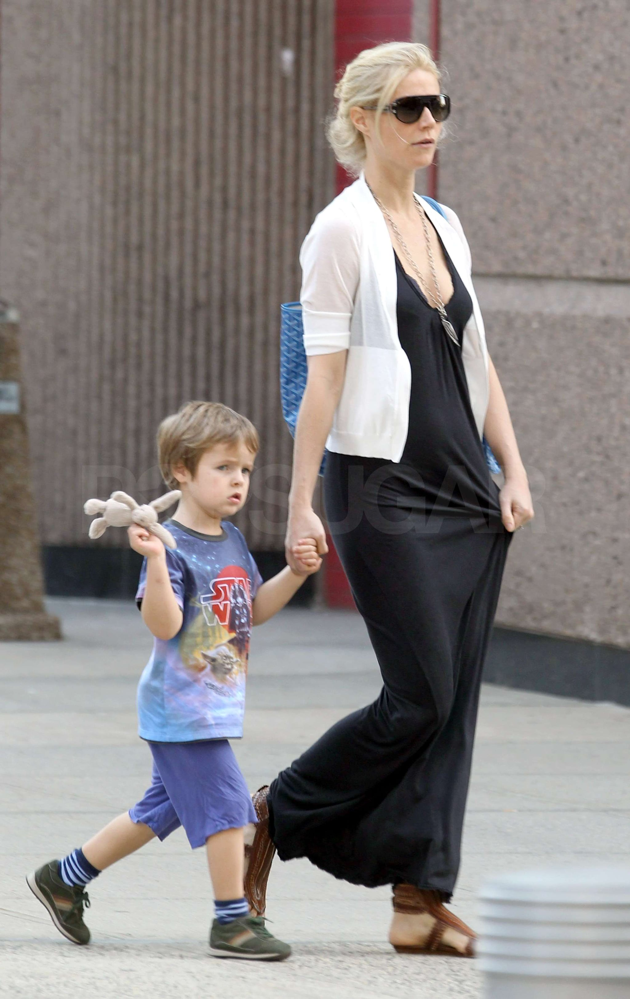Pictures of Gwyneth Paltrow With Apple and Moses Martin in ... Gwyneth Paltrow Goop