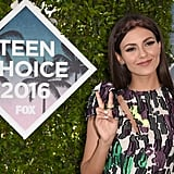 Victoria Justice's Teen Choice Awards Minidress Is What Summer Dreams Are Made Of
