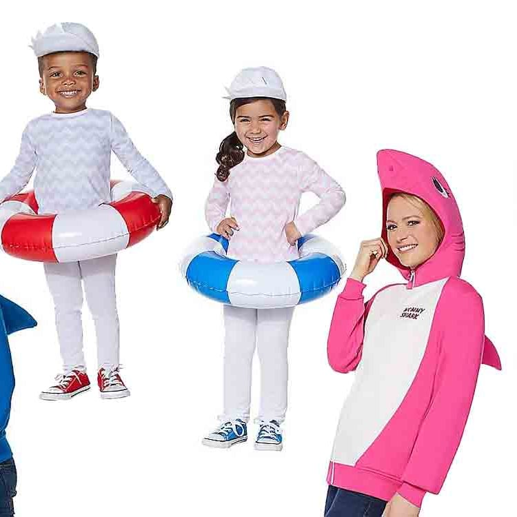 Halloween 2019 Costume Ideas Kids.Creative Family Halloween Costumes 2019 Popsugar Family