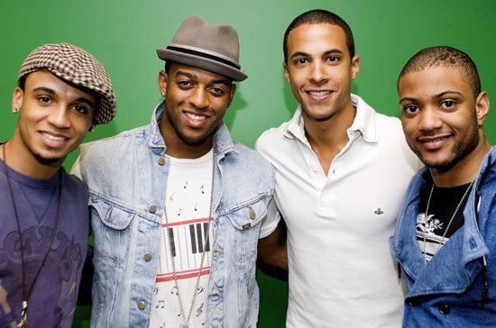 Photos of JLS Performing in Chicago