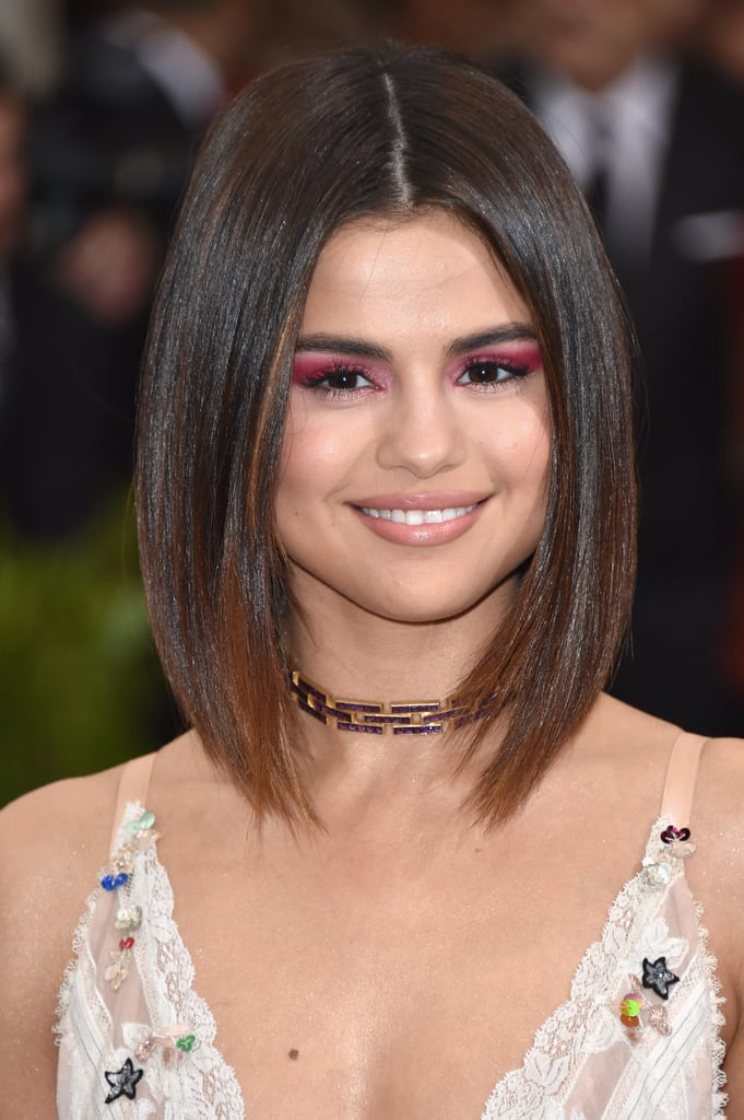 Selena Gomez's Magenta Eye Shadow in May 2017