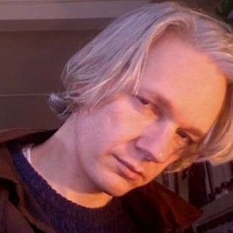 Millionaire Matchmaker Analyzes Julian Assange's Online Dating Profile