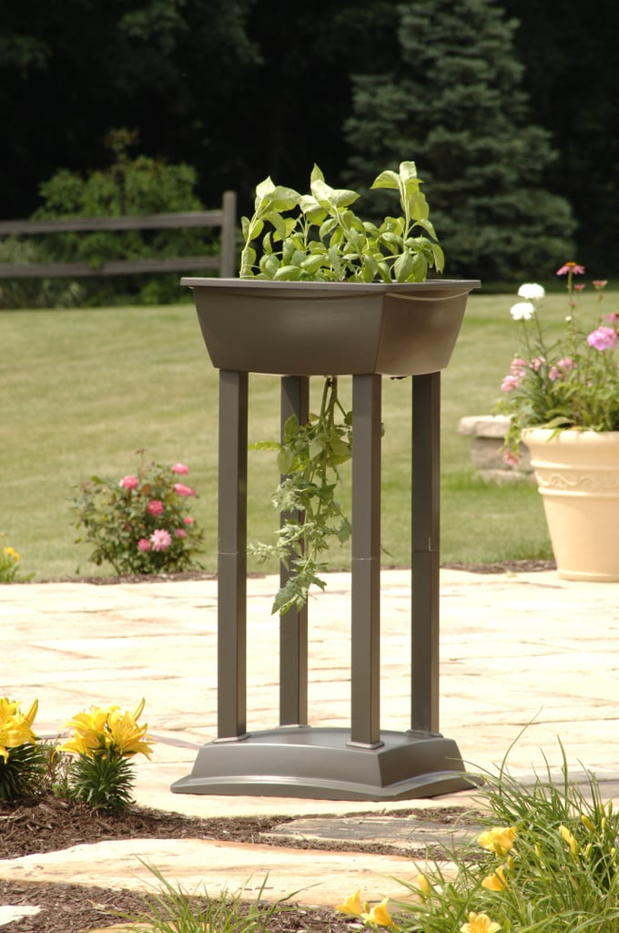 Suncast Tomato and Vegetable Planter Tower