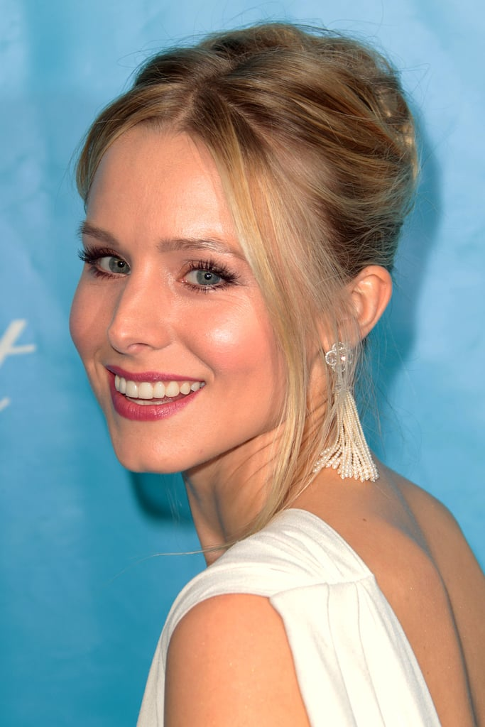 Kristen Bell gave one last look at the camera.