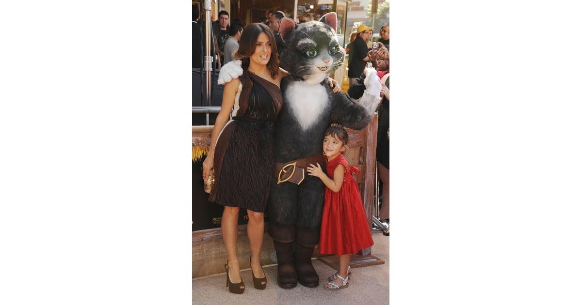 Salma Hayek And Her Daughter Valentina Pictures POPSUGAR Latina Photo 22