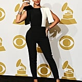 Beyoncé posed with her Grammy.