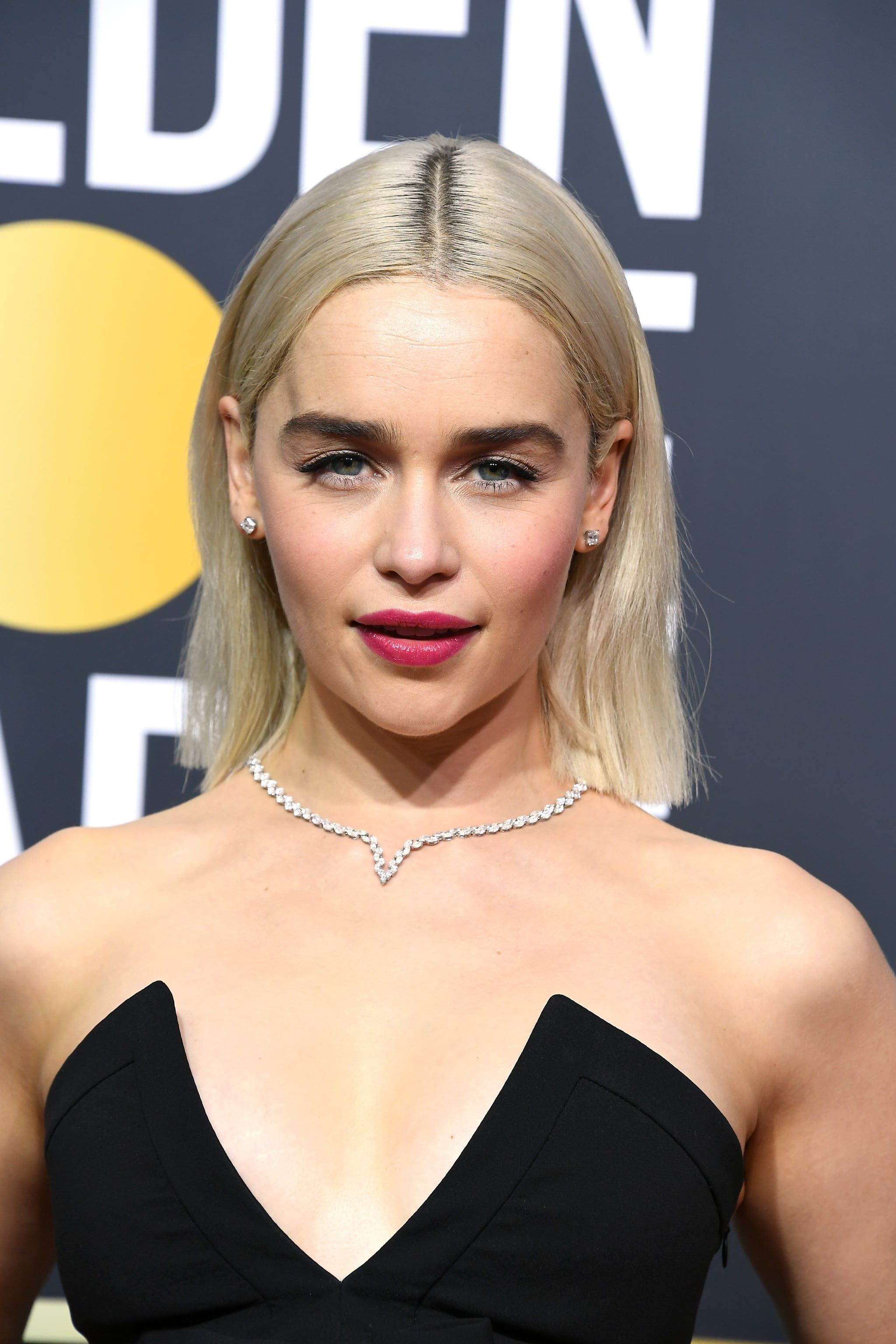 Emilia Clarke Celebrity Hair At The 2018 Golden Globes