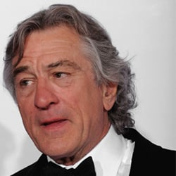 Robert DeNiro Compares Movies to Children at Golden Globe Awards
