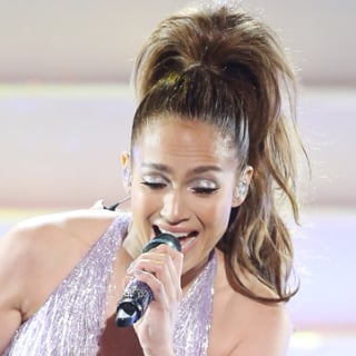 Jennifer Lopez Performing at the 2013 American Music Awards