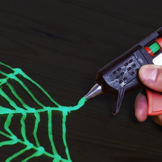 How to Make a Glow In The Dark Spider Web With Hot Glue