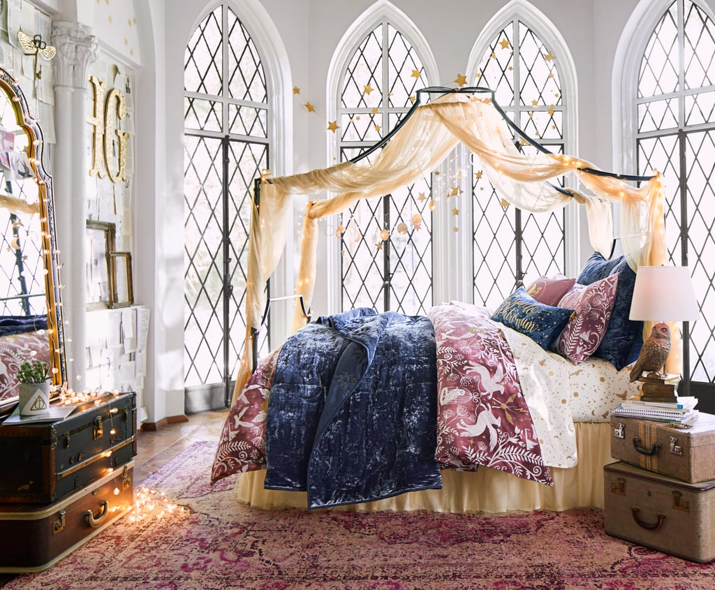 Pottery barn teen harry potter collection fall 2017 for Harry potter home decorations