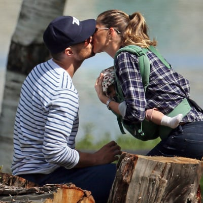 Tom Brady and Gisele Bundchen Kissing in Boston With Kids