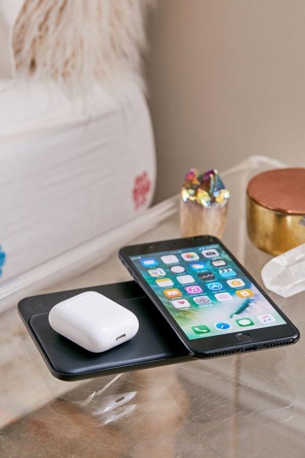 Nomad Base Station Wireless Charging Hub