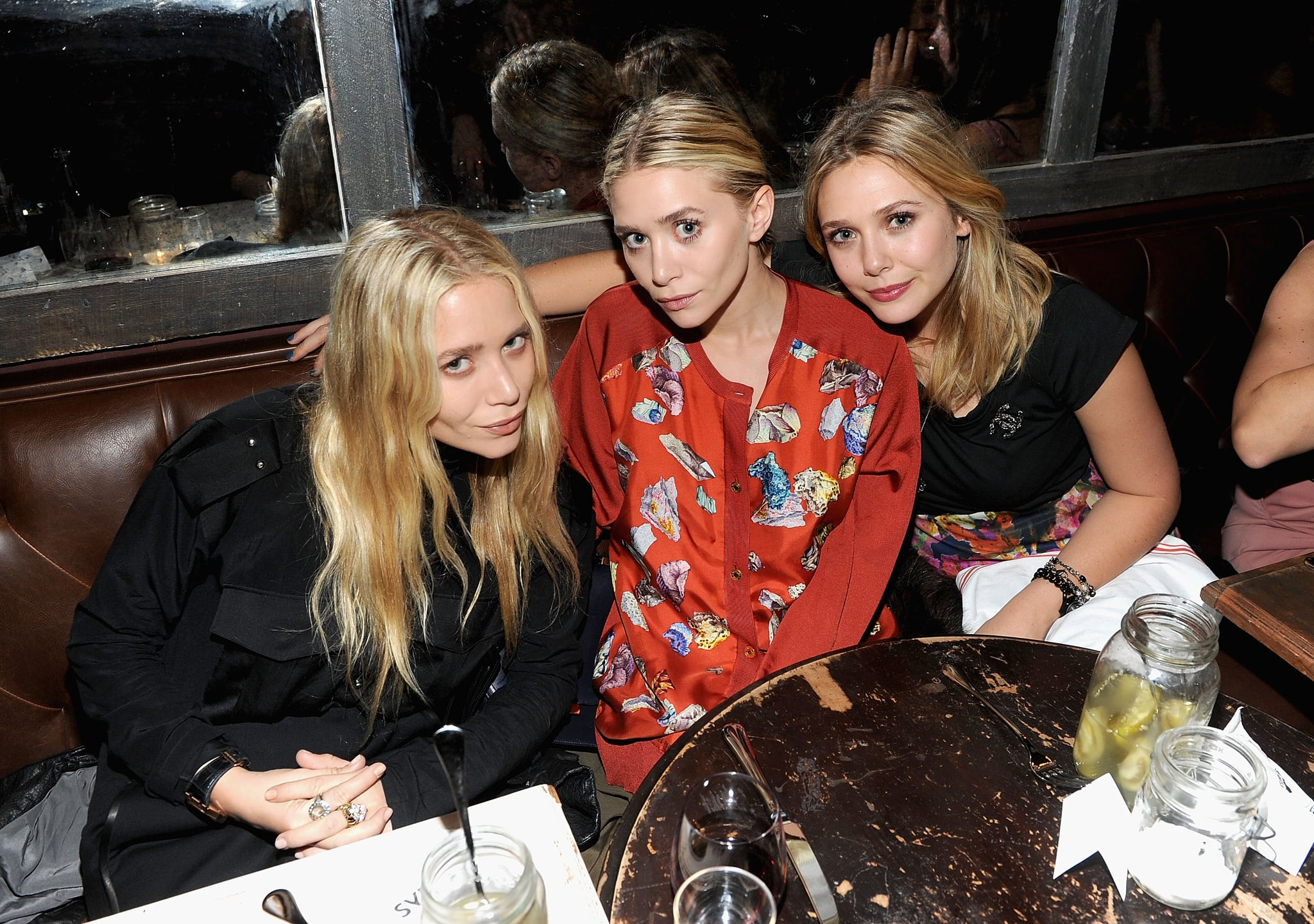 Mary-Kate, Ashley and Elizabeth Olsen had dinner together in NYC.