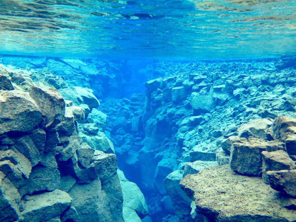 Touch 2 Continents at Once on This Epic Dive in Iceland — the Photos Are Out of This World!