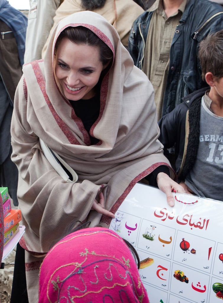 Pictures of Angelina Jolie in Afghanistan 2011-03-02 13:33:25