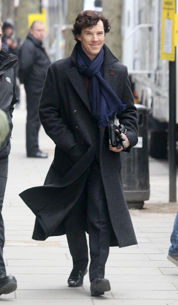 Benedict arriving to set.