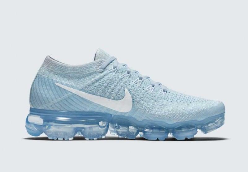 cdbc6e786575 Nike Air VaporMax Flyknit Running Shoe