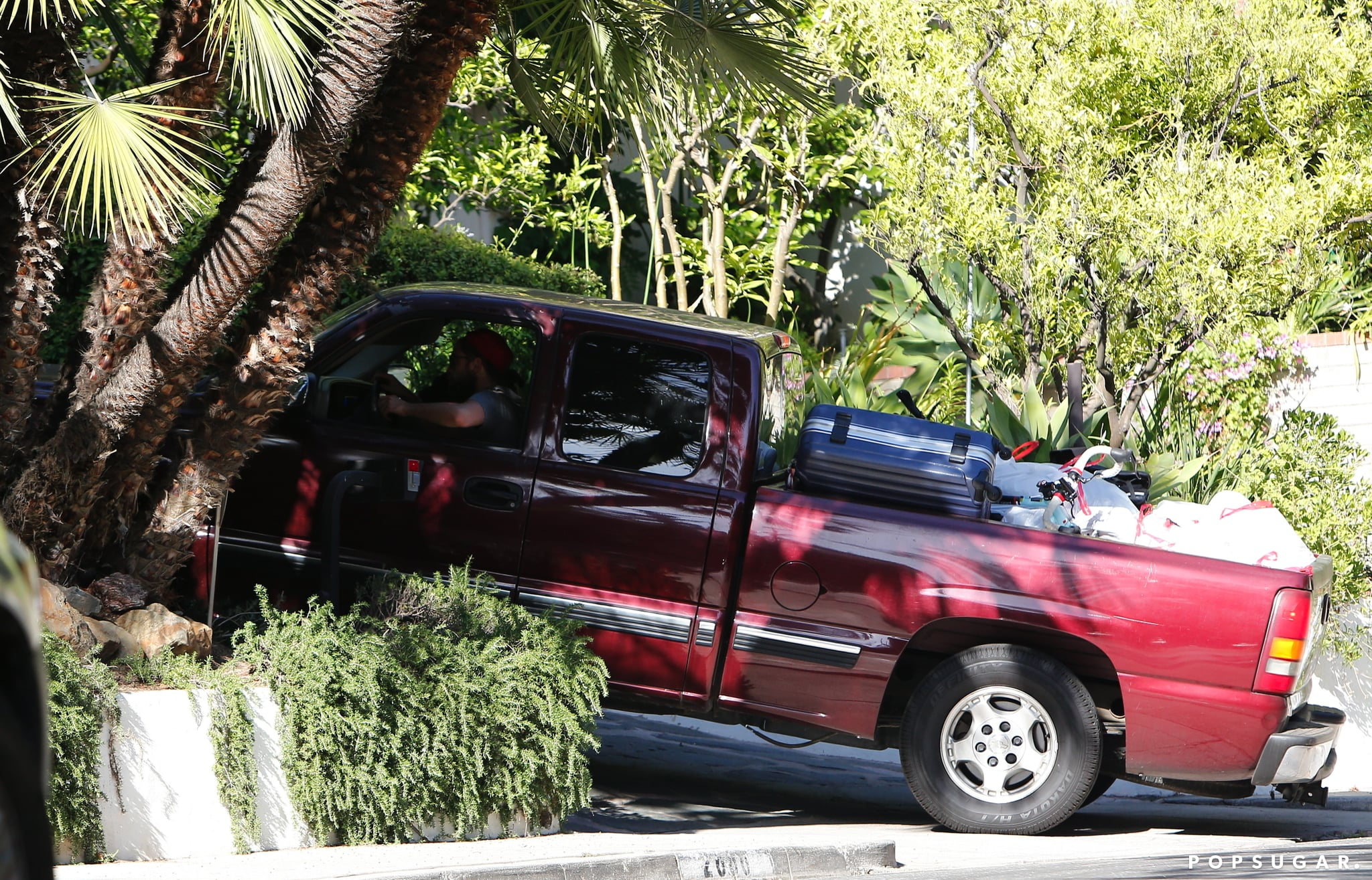 Robert Pattinson pulled into a private driveway.