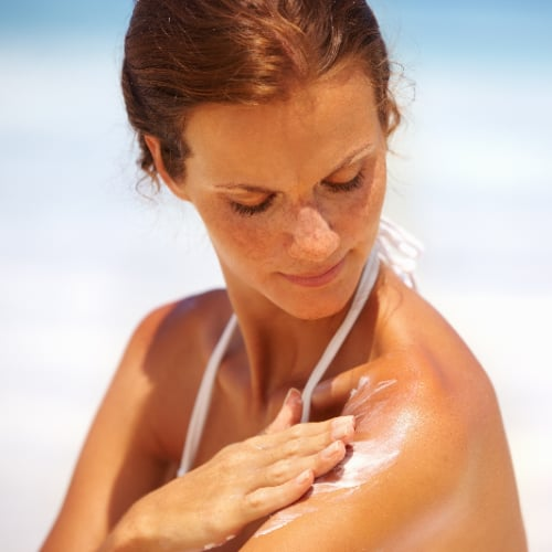 The Difference Between Chemical and Physical Sunscreens