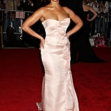 Beyoncé Knowles Wearing Armani Privé in 2008