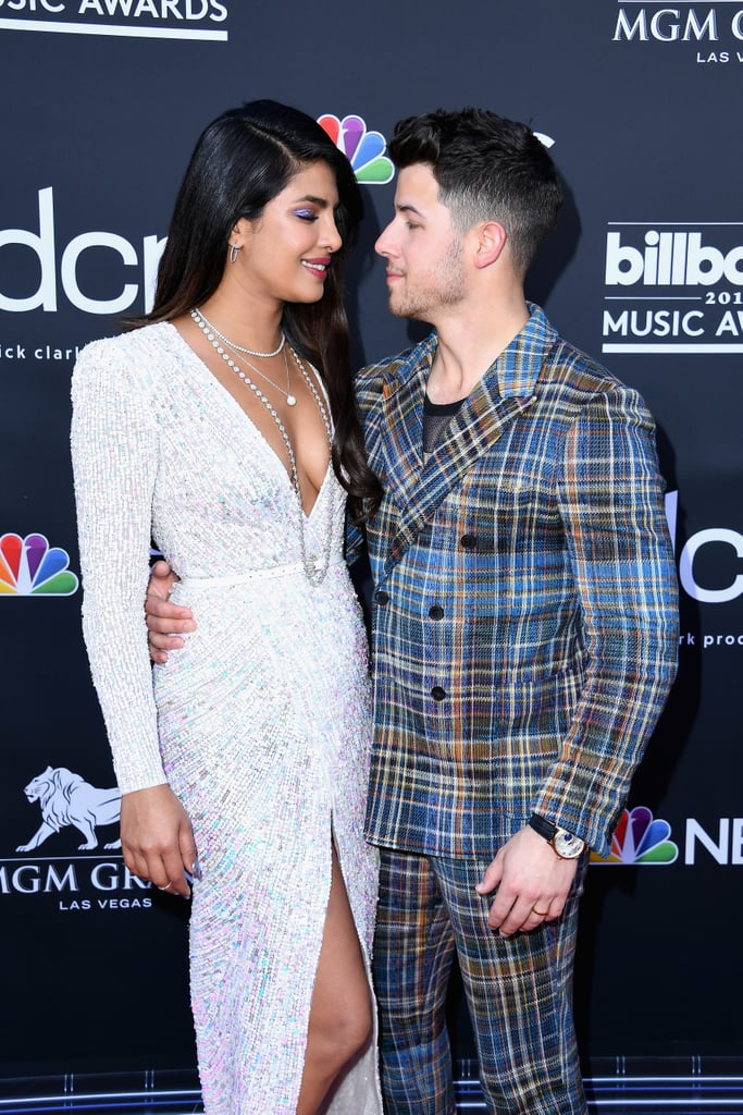 Nick Jonas Looking at Priyanka Chopra Pictures